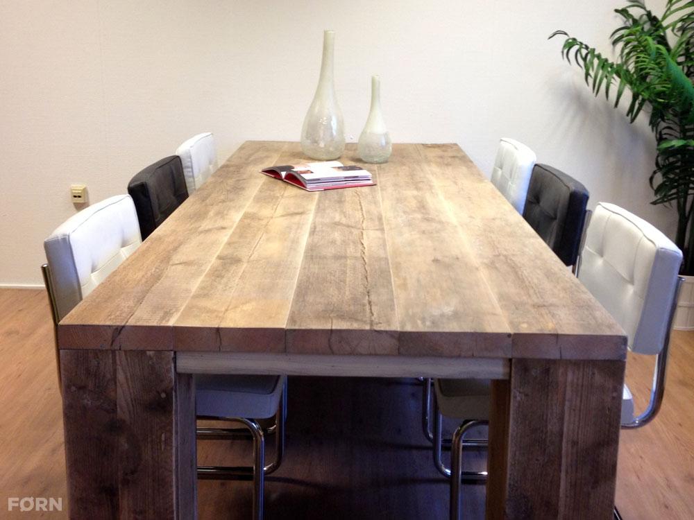 Steigerhouten tafel met dikke planken landelijk for Stijgerhout tafel