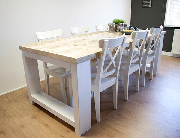 "Witte Eetkamer Tafel : Steigerhouten tafel met dikke planken ""Millau ..."