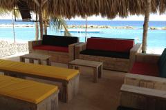 steigerhouten-loungebank-strandtent