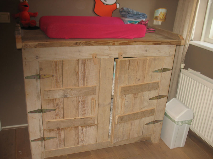 Steigerhouten commode voor babykamer for Commode plank