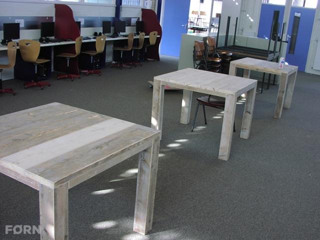 Vierkante tafel van steigerhout Nordhorn