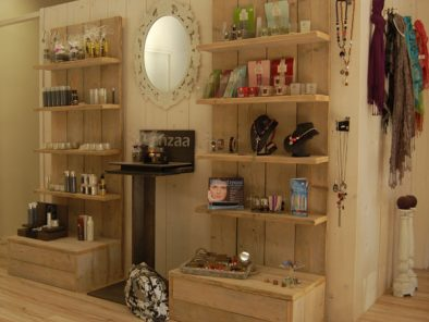 Steigerhouten product display voor winkelinrichting