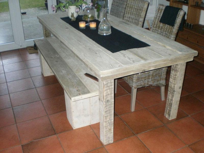 Steigerhouten tafel met bankje - SteigerhoutenMeubelshop.nl
