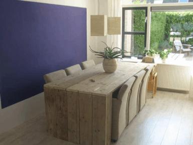 Steigerhouten eettafel met dichte zijkanten