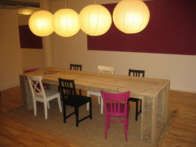 Steigerhouten tafel model Hamburg (foto: gebruikt onbehandeld steigerhout)