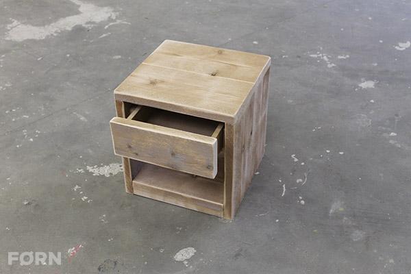 Steigerhouten nachtkastje met lade  Slaapkamer meubel