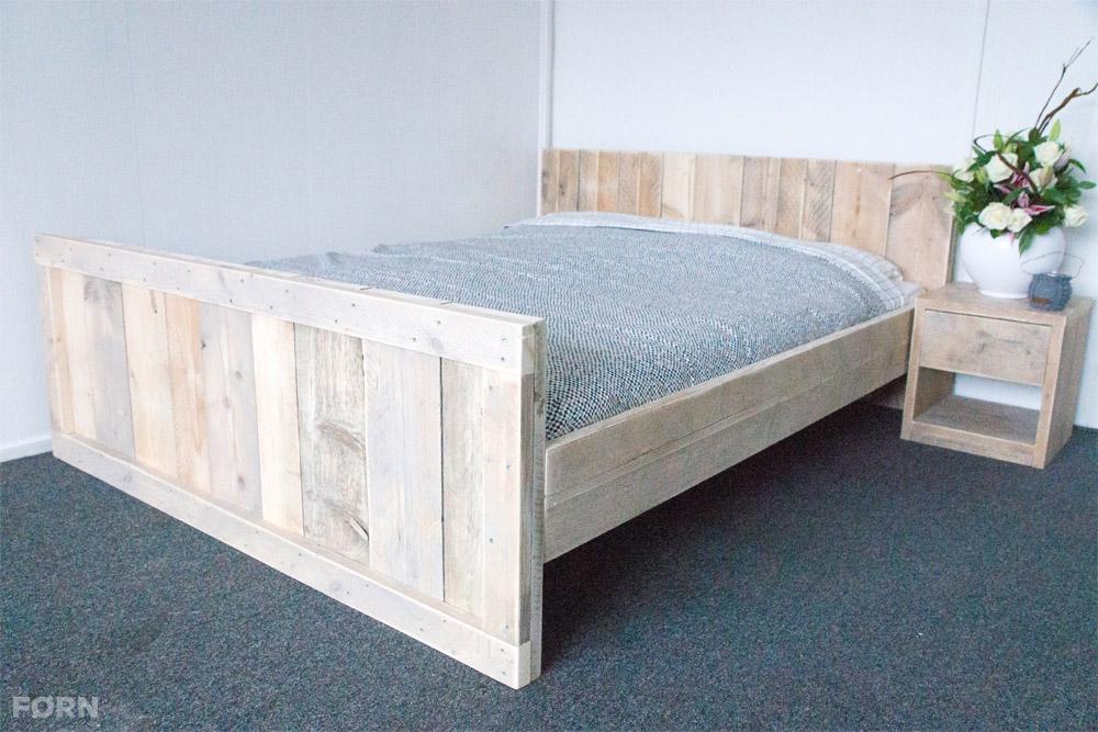 Steigerhouten bed tweepersoons steigerhoutenmeubelshop