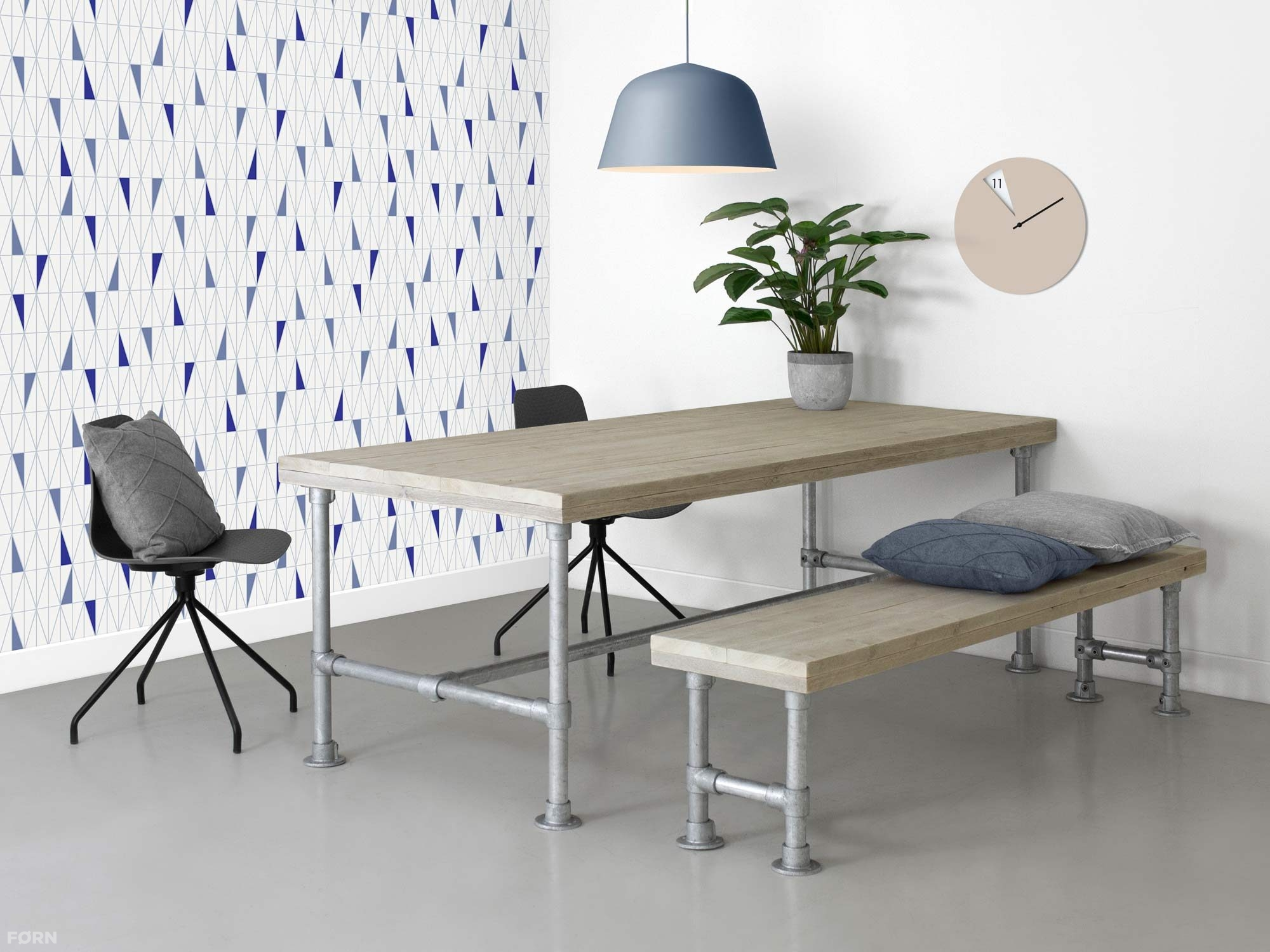 Steigerhouten tafel met steigerbuis onderstel f rn for Bureau 1 metre