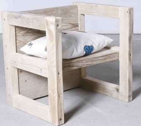 Kinderstoel en tafel steigerhout
