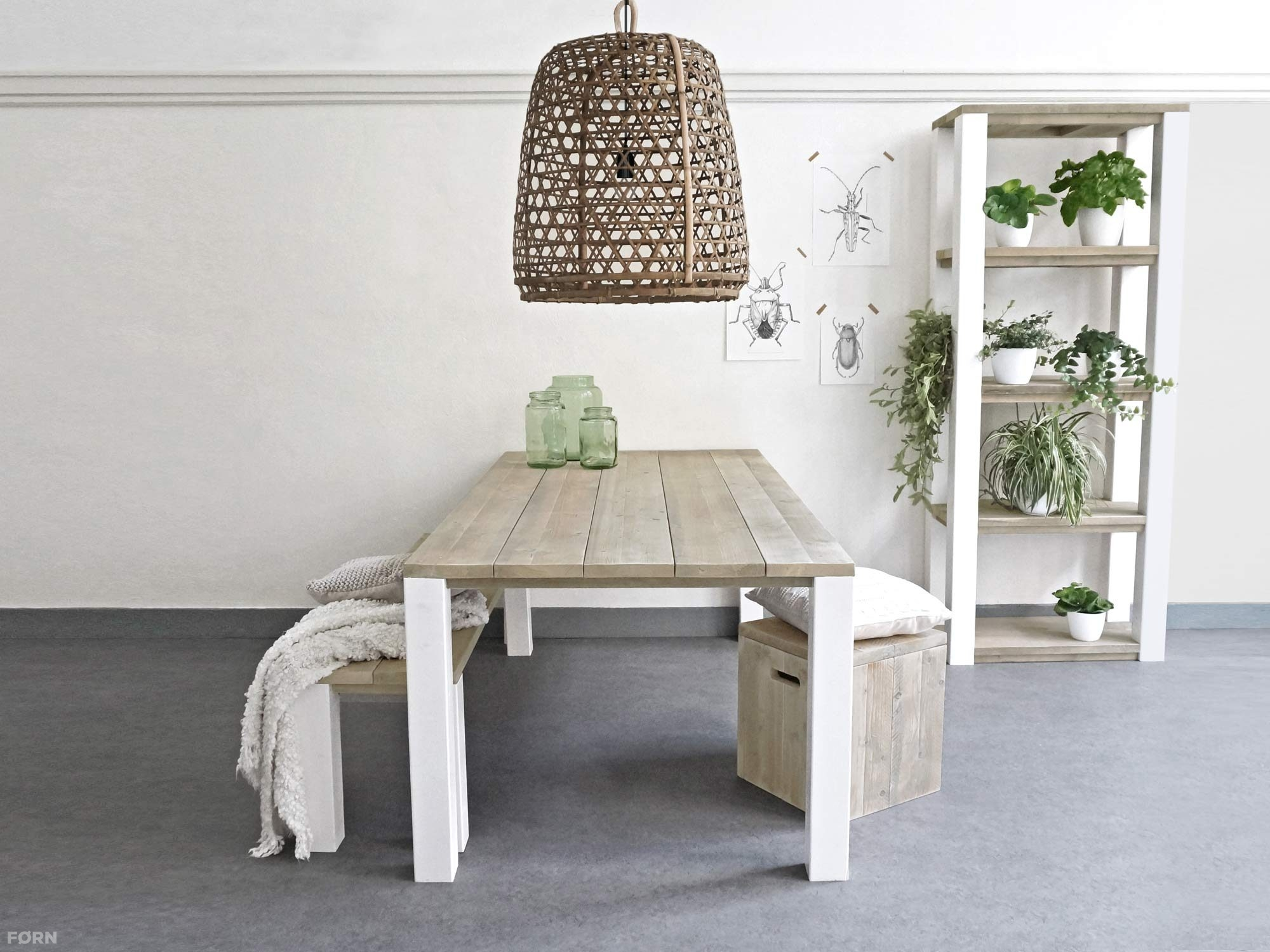 Wit Bankje Eettafel.Steigerhouten Eettafel Op Maat Gemaakt Forn