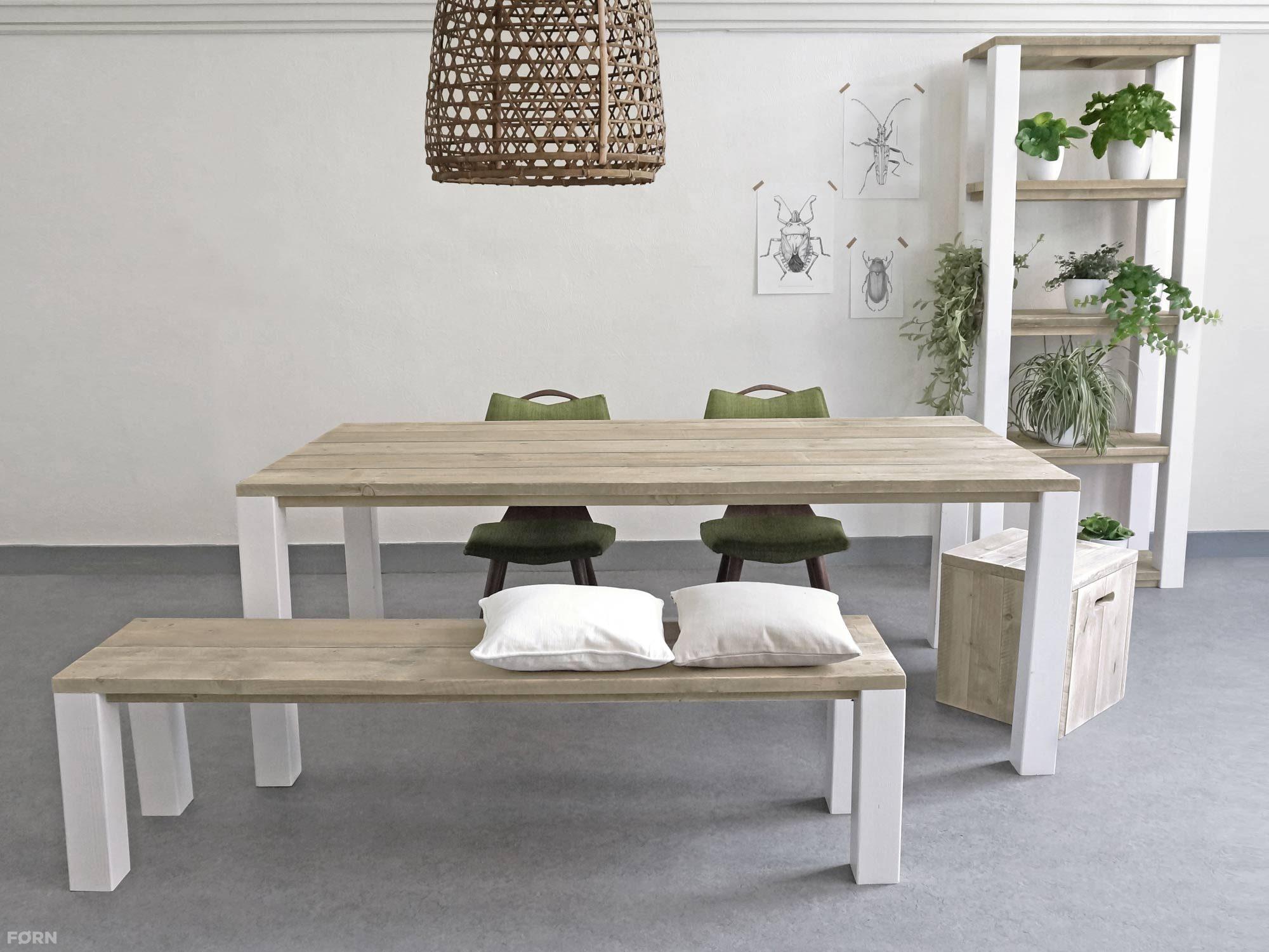 Strakke Witte Eettafel.Steigerhouten Eettafel Op Maat Gemaakt Forn