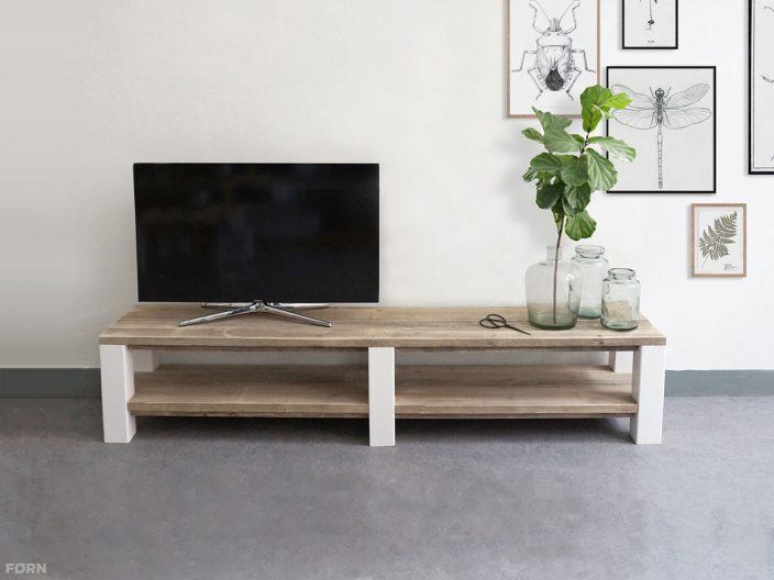 Steigerhouten TV-meubel FØRN