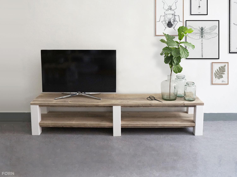 Steigerhouten tv meubel tv meubels van steigerhout for Steigerhout tv meubel maken