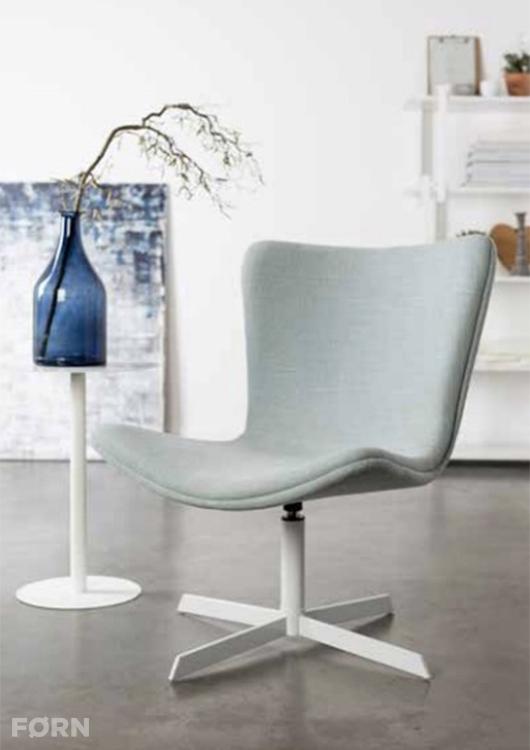 Stoel Kjell Lounge van Zuiver | 239 euro bij FØRN