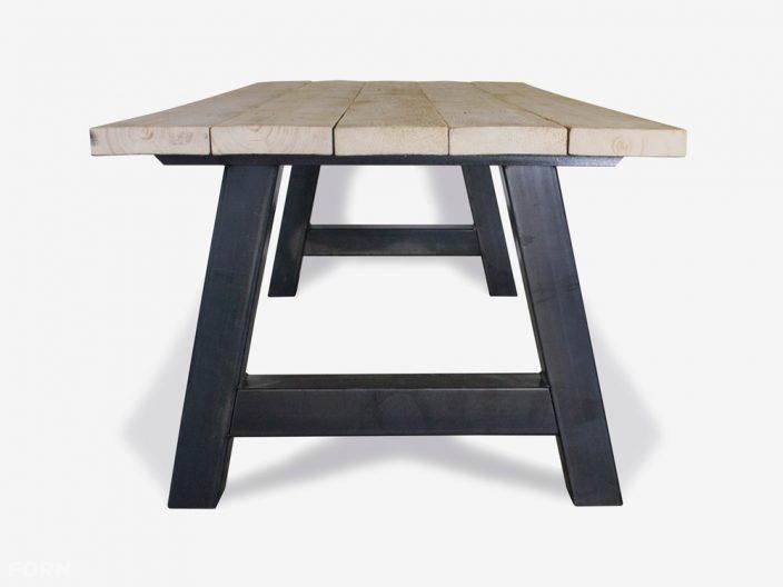 steigerhouten tafel alpha stalen onderstel