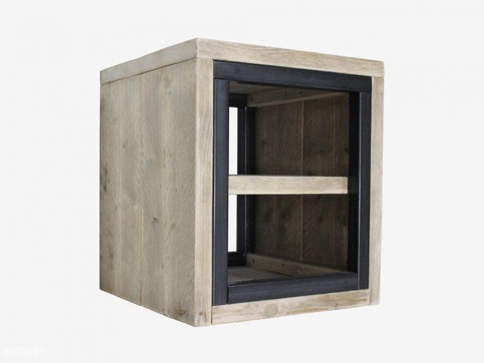 Industriële bijzettafel ben steigerhout en staal
