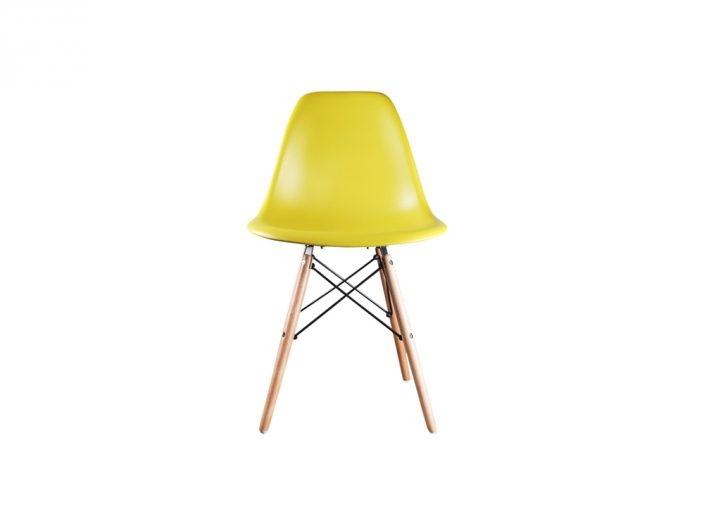 DSW eames style stoel mosterd geel