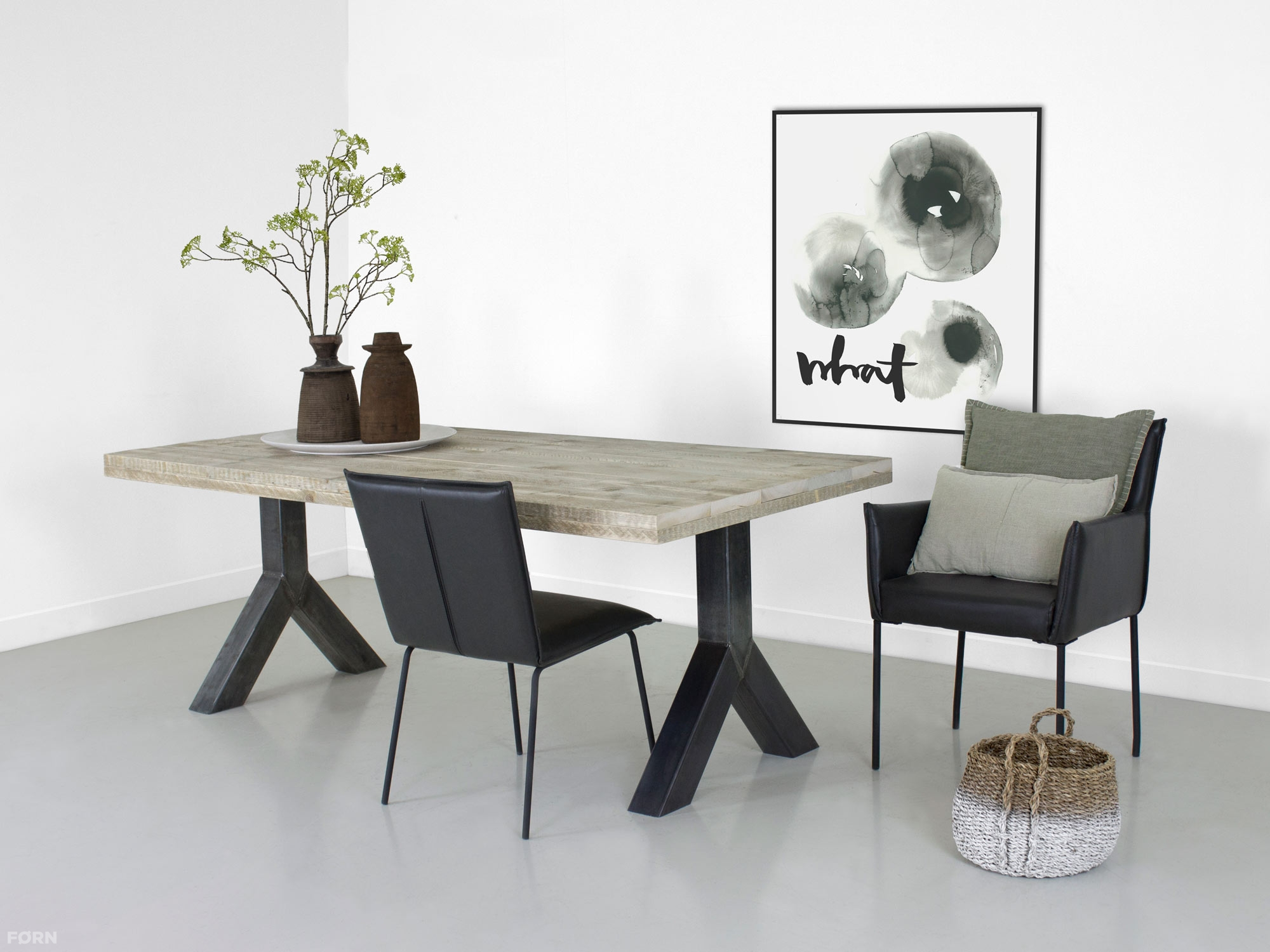 Industri le tafel met y poot vanaf 349 euro for Eethoek steigerhout