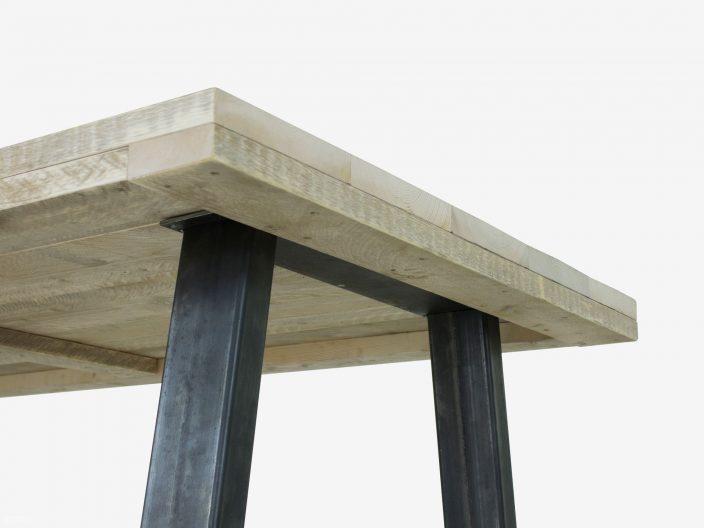 Steigerhouten tafel Jorn met stalen onderstel