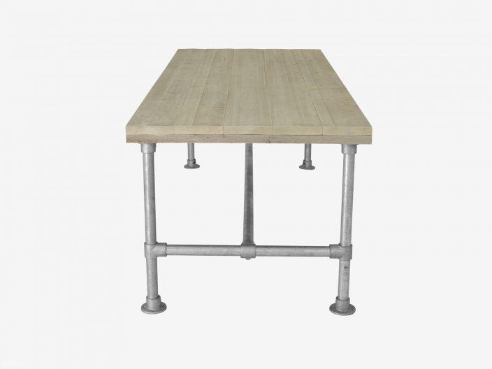 Stegerhouten tafel Morris met steigerbuis onderstel witte achtergrond 2