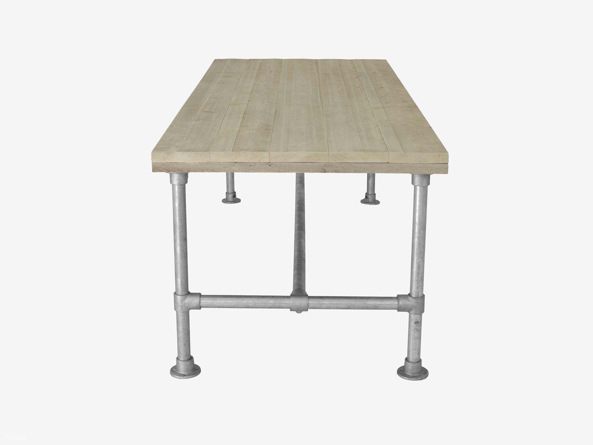 Steigerhouten tafel met steigerbuis onderstel f rn - Tafel met chevet ...