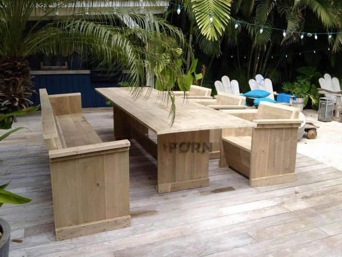tuinset steigerhout tafel stoelen bankje